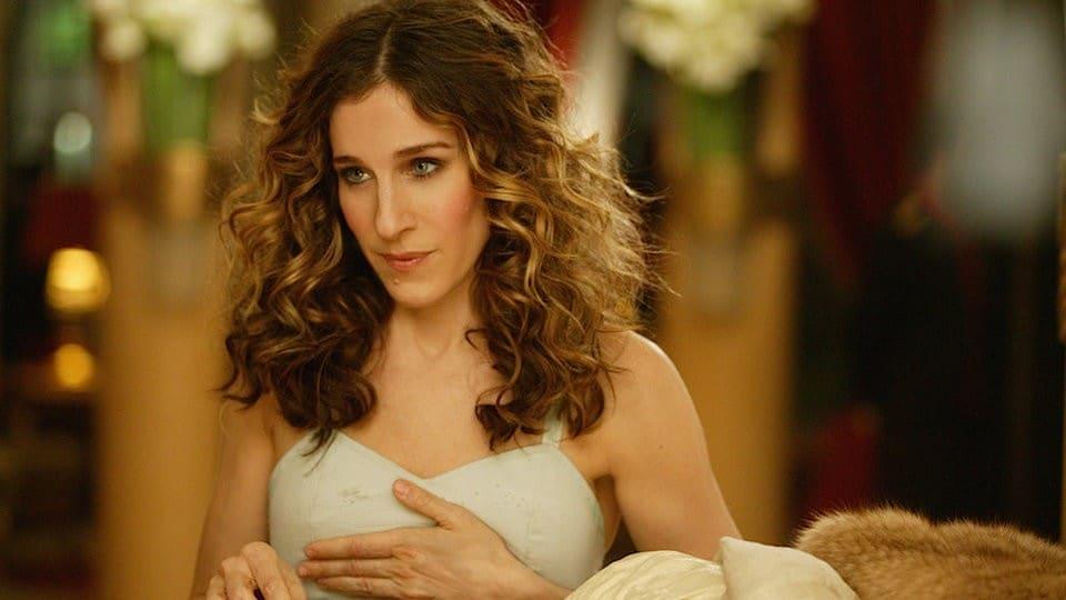 S. J. Parker v roli Carrie ze Sexu ve městě (zdroj: HBO Pressroom)