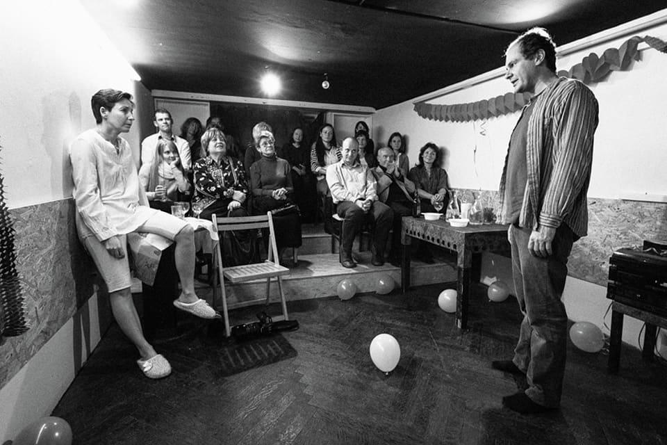 David Ives To nemá chybu_Divadelní spolek Kašpar/ Bytové divadlo 23. 11.2014