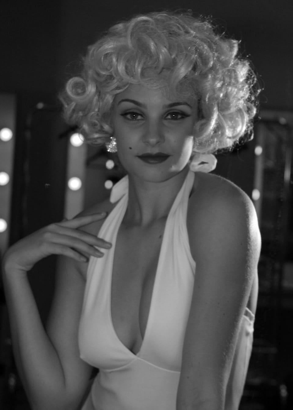 Marilyn_Monroe_(9208417092)